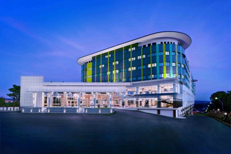 ck-tanjung-pinang-and-convention-centre-exterior-1200x800