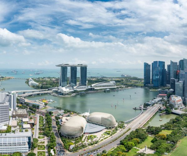 Aerial-view-of-Singapore-business-district-and-city